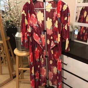 💡2 for $20 Lularoe floral duster